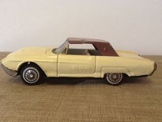 VINTAGE FORD THUNDERBIRD TIN FRICTION TOY CAR MADE JAPAN Sign Of Quality