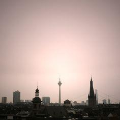 Dusseldorf skyline (Germany) Había olvidado cuanto me gustaba esta ciudad ;)