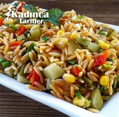 Ğı iye pa Barley Noodle Salad / Ingredients: 2 cups of barley . - Delicious Meets Healthy: Quick and Healthy Wholesome Recipes Salad Menu, Salad Dishes, Pasta Salad Recipes, Cottage Cheese Salad, Turkish Recipes, Ethnic Recipes, Tomato Vegetable, Dinner Salads, Salad Ingredients