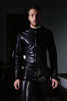 Streamline Leather Suit Black:  Built for Man