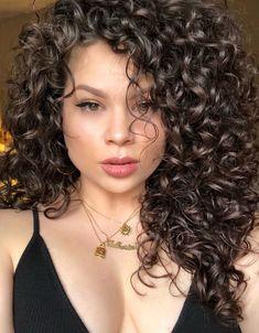 Hair cuts natural wavy curls 23 Ideas for 2019 3a Curly Hair, Curly Hair Styles, Natural Hair Styles, Long Natural Curls, 3b Hair, Hairstyles For Receding Hairline, Curly Bob Hairstyles, Wedding Short Hair, 3a Curls