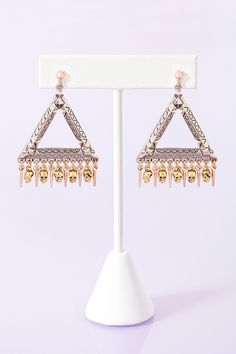 Super want!!! House Of Harlow Skull Statement Earrings