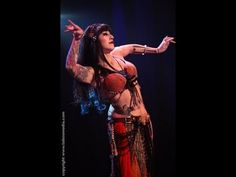 Sharon Kihara performs a traditional belly dance at The Massive Spectacular! - YouTube