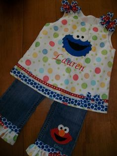 Sesame Street Cookie Monster swing top with Elmo jeans Happy Birthday Boy, First Birthday Parties, Birthday Ideas, Sesame Street Party, Sesame Street Birthday, Cookie Monster Party, Abby Cadabby, My Little Nieces, Diy Gifts For Kids