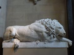 Francesco Benaglia, Crouching Lion (after Canova), 1823. Chatsworth Houre, Sculpture Gallery.
