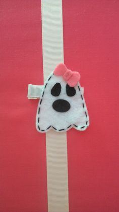 Girly Ghost Halloween Clip by lilprincesscrafts on Etsy, $3.00 Adorable Ghost!!