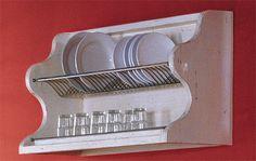 Mobili Veneti crea secondo il tuo desiderio mobili massicci ed artigianali per la cucina, cuore della casa.