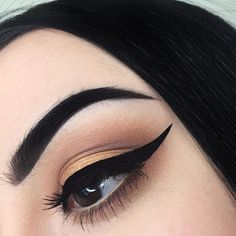 IG: civrie | #makeup