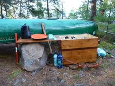 Camp Kitchen, using reflector oven and fire irons Camping Diy, Bushcraft Camping, Scout Camping, Tent Camping, Camping Gear, Camping Hacks, Outdoor Camping, Kayaking Near Me, Camp Kitchen Box