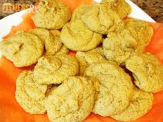 Pumpkin Oatmeal Almond Cookies - Keep these on hand to satisfy cravings