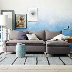 Zweifarbige Wandgestaltung ombre-wand-streichen-technik-blau-weiss-wohnzimmer-idee