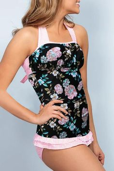 Cute Pink Floral Open Back Ruched Halter Top Shorts Tankini Set – ModeShe.com