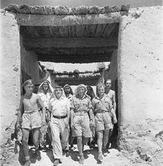 Cecil Beaton photograph of men of the Long Range Desert Group (LRDG) in the Western Desert during 1942.