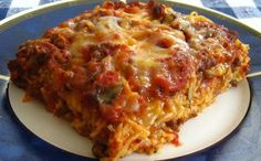 Trying this for dinner. We have spaghetti so often, this might help change it up a bit. Baked Spaghetti Casserole, Crock Pot Dips, Pasta Dishes, Pasta Sauces, Other Recipes, Freezer Meals, How To Cook Pasta, Casserole Dishes, Good Food