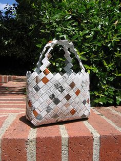 Crisp wrapper handbag/chip wrapper purse. I'm making one of these at the moment…