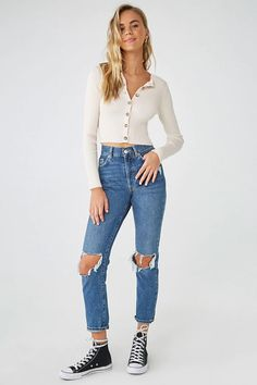 Find your favorite sweater & cardigan styles at Forever Cozy up in our oversized knits with classic crochet cardigans, ribbed sweater dresses, velvet sweatshirts, chenille tops & more! Girls Jeans, Mom Jeans, Skinny Jeans, Summer Outfits, Cute Outfits, Summer Clothes, Casual Outfits, Forever 21 Outfits, Fashion Outfits