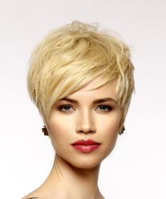 Short Straight Casual Pixie Hairstyle with Side Swept Bangs – Light Honey Blonde Hair Color – Decor Style 2019 Blonde Pixie Hair, Honey Blonde Hair Color, Blonde Bangs, Cool Short Hairstyles, Pixie Hairstyles, Pixie Haircuts, Melena Bob, Short Hair Cuts, Short Hair Styles