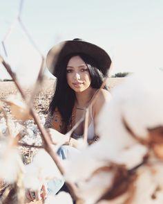 insta: @allisoncarolcreatives #photography #photographer #cotton #cottonfield #cottonfields #hat #fpme #freepeople #boho #bohemian #earth #earthy #earthchild #nature #hippie #boho #bohemian #scottsdale #az #style #fashion #freespirit