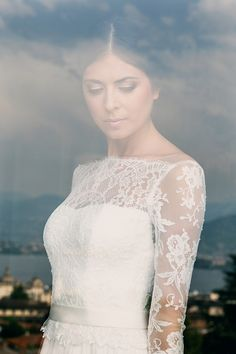 Abito da Sposa Couture Hayez Atelier -modello Ella collezione La leggerezza http://www.couturehayez.com/blog/la-bella-italia-destination-wedding-couture-hayez-a-villa-muggia/ Foto-  Erika di Vito  Fotografa Matrimonio   | Location  –  Villa Muggia Hair -Make Up  – Nicha |