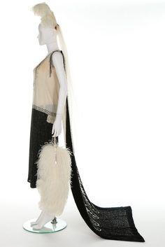A Reville Ltd of Paris couture court ensemble (dress and train), circa 1928