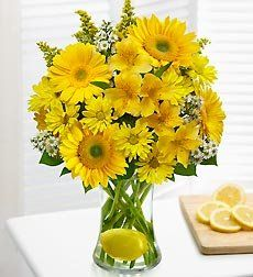 Mother's Day Flowers Make Lemonade in a Vase « Blast Gifts
