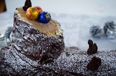 Hoy os explico el paso a paso para hacer un delicioso Tronco de Navidad Relleno de Castañas que os hará quedar como un gran anfitrión. ¡Que lo disfrutéis!