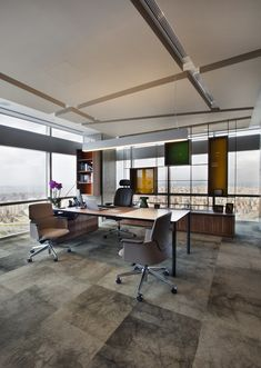 Bakırküre Architects & Bigg Working Culture Solutions, Cigna Finance & Pension Headquarters, CEO Room  Are you searching for Office Space For Rent In Noida ? Visit : www.commercial-office-space-for-rent-in-noida.co.in