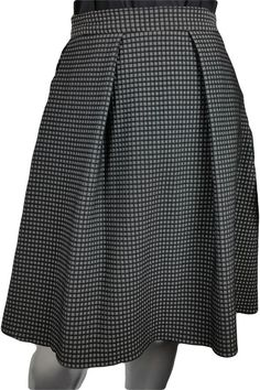 Black and white geometric jacquard flare skirt with pockets