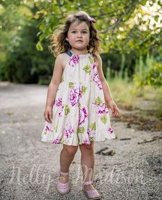 #madeinamerica #twirl #dress #rufflesandbows #roses #pink #countryroses    Meet Penelope! Twirly tiered dress with bow-tie back closure,and an easy, breezy fit Cabbage roses...