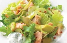 How to make Smoked trout with pickled cucumber and minted yogurt recipe - Slightly bitter leaves such as curly endive are perfect for this . Curly Endive, Smoked Trout, Greek Yogurt Recipes, Pickling Cucumbers, Meals For The Week, Popular Recipes, Guacamole, Cabbage, Cooking Recipes
