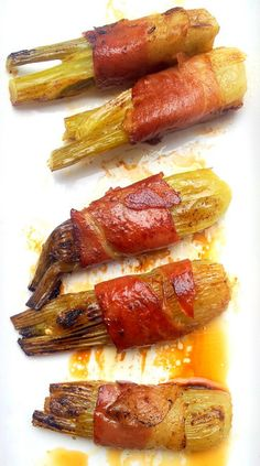 Scrumptious South Africa: Wine-Braised Baby Fennel in Crisped Prosciutto Feel Good Food, I Love Food, Vegetable Side Dishes, Vegetable Recipes, Side Dish Recipes, Wine Recipes, World Street Food, Prosciutto Recipes, South African Recipes