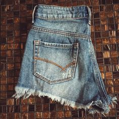 Bullhead Denim Co. (PacSun) Jean Shorts Only worn several times, in good condition! Fits like a size 2 in AE. Bullhead Shorts Jean Shorts