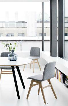 1000 images about woonkamer j h vt on pinterest oval. Black Bedroom Furniture Sets. Home Design Ideas