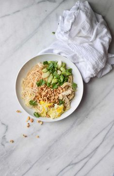 Pad thai sauce recipe - used molasses and white sugar in place of brown sugar and ketchup and Chipotle in place of siracha Pad Thai Sauce, Thai Cooking, Asian Cooking, Ceviche, Vegetarian Recipes, Cooking Recipes, Healthy Recipes, Cooking Games, Dip Recipes