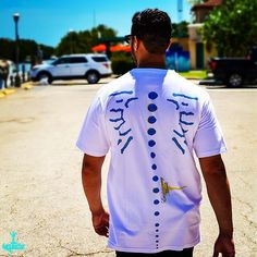 Put your best foot forth and walk towards success in the Bimini s/s CutandSew Premium quality Tee with Engineered Print details inspired by the Tropical Fish in and around the Bimini Islands.. | Clink Link in Bio to Shop right from your IG | model credit: @dieselgxxiv | #Miamilife #streetwearfashion #graphictee #streetwearbrand #artlife #ootd #streetstyle #whatiwore #wiw #todayiamwearing #fromwhereistand #everydaymadewell #mensstyle #luxurytees #wynwood #wynwoodwalls #mensweardaily…