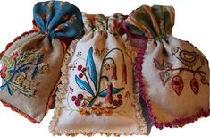 Beautiful embroidery from Facile Cecile, one of my favorite