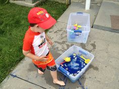 Water Sensory Box-> Fill big storage containers with water and use food coloring to color it! Throw in differently weighted objects, things that will sink and things that will float. I used bouncy balls, sand, little boats, plastic fish and lizards from the dollar store. Kids will love exploring!