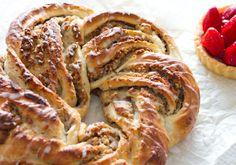 Nuss-Marzipan-Kranz Soooo yummy! // Rezept gibt's auf meinem Blog ofengefluester.de