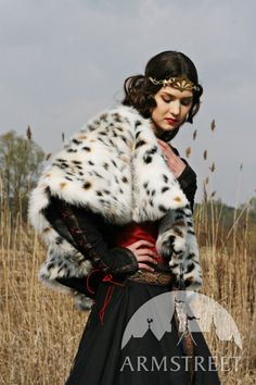 "MEDIEVAL BLACK COTTON DRESS WITH BODICE AND PELERINE  ""Lady hunter"" == Totally Medieval Cruella DeVil."