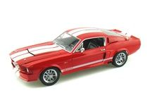 Shelby GT500CR 1/18 Red w/White Stripes