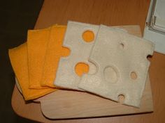 Pieces by Polly: Sliced Cheese - Felt Food Cook Along - Day 18 - Felt Food - Cheese Food Crafts, Baby Crafts, Sewing For Kids, Diy For Kids, Felt Food Patterns, Felt Play Food, Pretend Food, Pretend Play, Sewing Toys