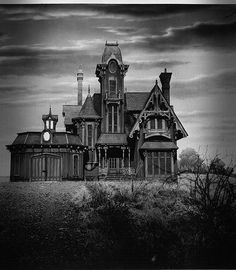 Victorian House - kind of creepy and looks like the Adam's Family house! Description from pinterest.com. I searched for this on bing.com/images