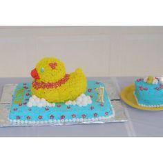 Luau duck cake Rubber Ducky Birthday, Duck Cake, Luau, Cake Ideas, Showers, Baby Gifts, Birthday Ideas, Baby Shower, Cakes