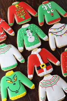 Ugly Sweater Christmas Cut-Out Sugar Cookies - - Sugar Cookies with Royal Icing decorated to look like tacky Christmas sweaters! Cookies Cupcake, Iced Cookies, Royal Icing Cookies, Cookies Et Biscuits, Frosted Sugar Cookies, Cookie Favors, Baby Cookies, Flower Cookies, Heart Cookies