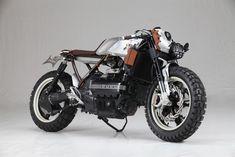 BMW K100 Street Tracker by AUGH Design & Customs | www.caferacerpasion.com