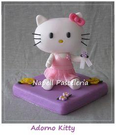 Kitty. Adorno en porcelana fria