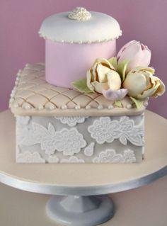 Tulip box cake by haute couture cakes Gorgeous Cakes, Pretty Cakes, Cute Cakes, Amazing Cakes, Yummy Cakes, Unique Cakes, Elegant Cakes, Creative Cakes, Crazy Cakes