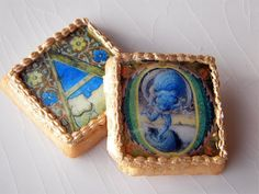 Illuminated manuscript cookies with edible paper printed with edible ink - some bakeries are equipped with a printer for this purpose - no cross-contamination Illuminated Letters, Illuminated Manuscript, Alphabet Cookies, Square Cookies, Pixie, Medieval Life, Medieval Manuscript, Cookie Designs, Cookie Ideas