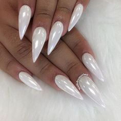 white-chrome-nails