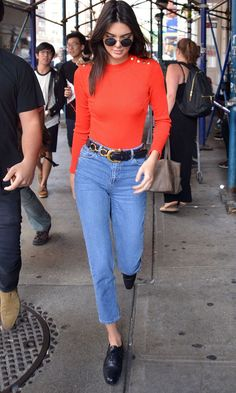 Kendall Jenner Channels A Very Different Look